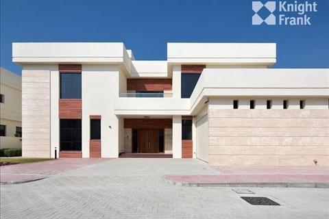 5 bedroom farm house - Frond I Tip, Palm Jumeirah, Dubai, UAE