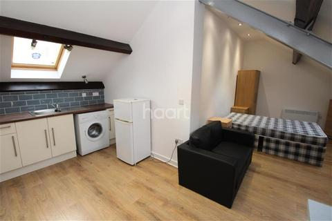 Studio to rent - Southampton Street