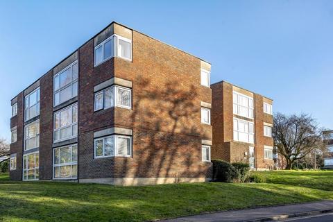 2 bedroom flat to rent - Dormans Close, Northwood
