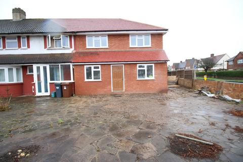 5 bedroom end of terrace house to rent - Hampton Lane, FELTHAM, Middlesex, TW13