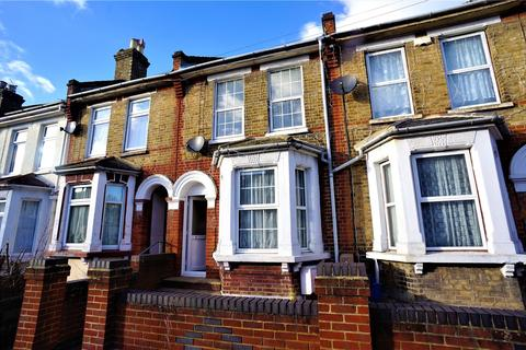 3 bedroom terraced house to rent - Gordon Road, Rochester, Kent