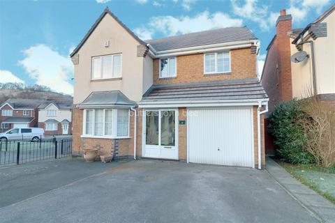 4 bedroom detached house for sale - Highland Drive, Lightwood, Stoke-on-trent