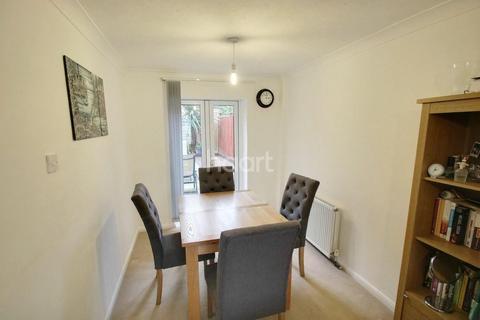 2 bedroom terraced house for sale - Higher Barley Mount