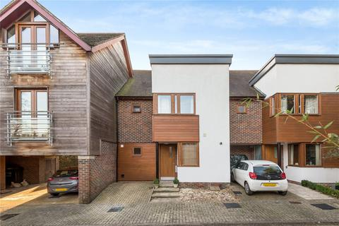 4 bedroom terraced house for sale - Edwards Close, Kings Worthy, Winchester, Hampshire, SO23