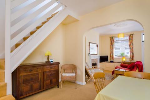 2 bedroom terraced house for sale - Lockwood Street