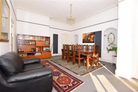 7 bedroom detached house for sale - Park Avenue, Dover, Kent