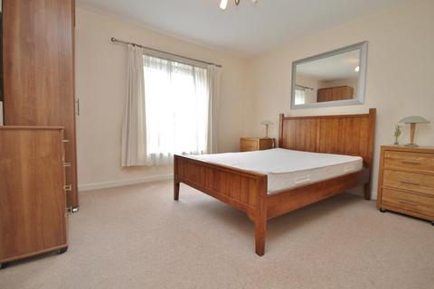 2 bedroom apartment to rent - Oriental Road, Woking, Surrey, GU22