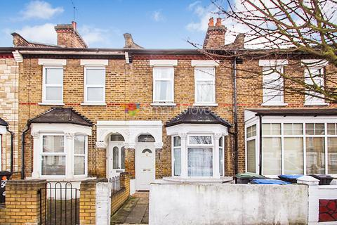 3 bedroom terraced house for sale - Grosvenor Road, Edmonton, N9