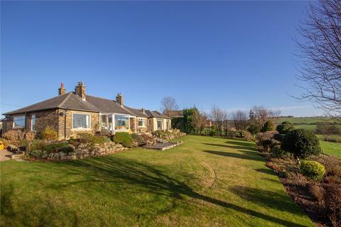 4 bedroom detached bungalow for sale - Lower Wyke Lane, Wyke, BRADFORD, West Yorkshire, BD12
