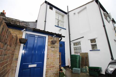2 bedroom flat to rent - Sun Street, WALTHAM ABBEY, Essex