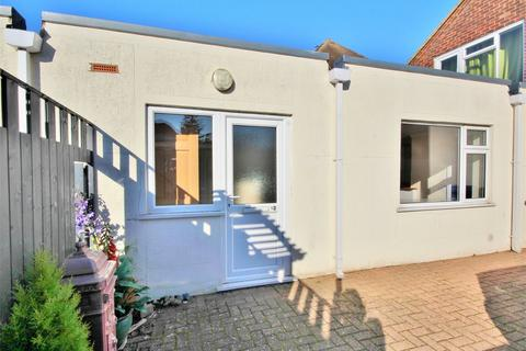 1 bedroom flat for sale - Rectory Road, Oakdale, POOLE, Dorset