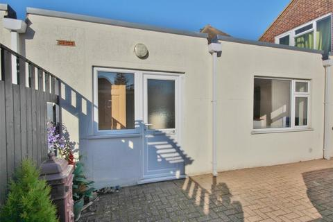 1 bedroom flat for sale - Rectory Road, Oakdale, POOLE, Dorset