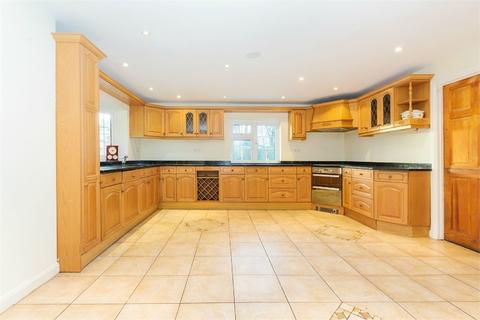 3 bedroom semi-detached house to rent - Mill Street, Colnbrook, Berkshire