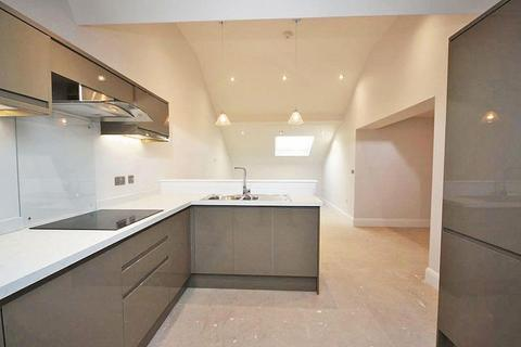2 bedroom penthouse for sale - FARRINGFORD HOUSE, GRIMSBY ROAD, CLEETHORPES