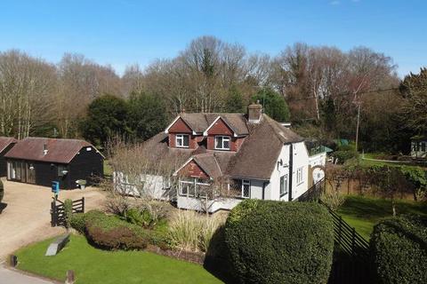 4 bedroom detached house for sale - Warlingham Woodland Wonder...