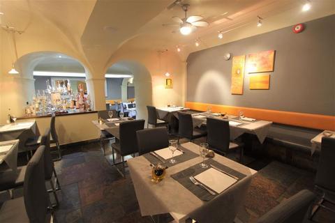 Restaurant to rent - Queens Road, Bristol