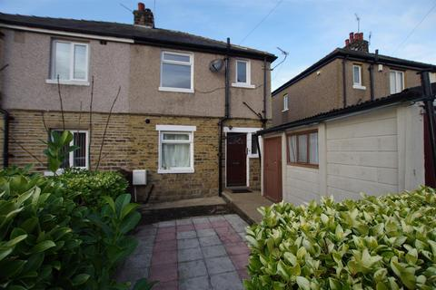 3 bedroom semi-detached house to rent - Princes Crescent, Kings Road, BD2