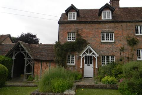3 bedroom semi-detached house to rent - Ringshall Cottages Ringshall
