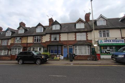 5 bedroom terraced house to rent - Evington Road