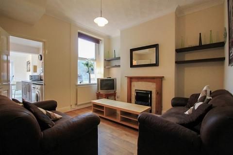 2 bedroom terraced house to rent - Robert Street, Cathays
