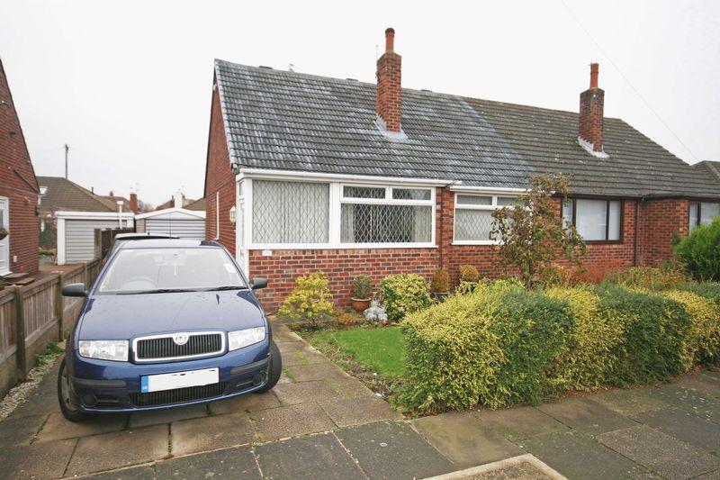 3 Bedrooms Semi Detached Bungalow for sale in Briarfield Road, Carleton