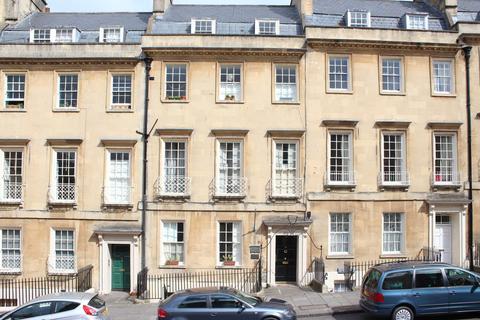 2 bedroom apartment to rent - Bennett Street, Bath