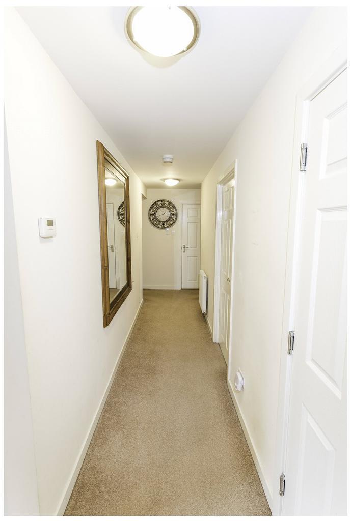 388 Leyland Road Bathgate West Lothian Eh48 3 Bed Flat