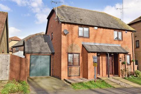 2 bedroom semi-detached house for sale - Maximilian Drive, Halling, Rochester, Kent