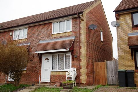 2 bedroom semi-detached house to rent - Heron Close, Stowmarket