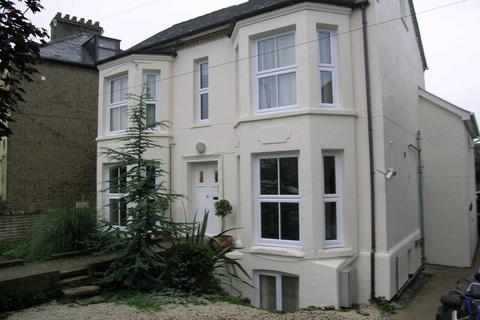 Studio to rent - Milton Road, Cambridge
