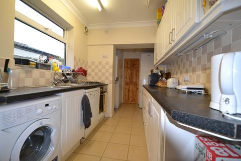 4 bedroom terraced house to rent - Lovely 4 Double Bedroom House, Warwards Lane,Selly Oak, Birmingham 2018 - 2019