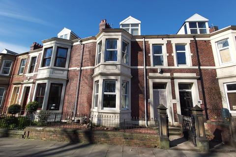 4 bedroom terraced house to rent - West Park Road Gateshead NE8 4SP