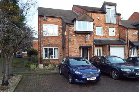 2 bedroom apartment for sale - Clarence Court, Wilmslow.