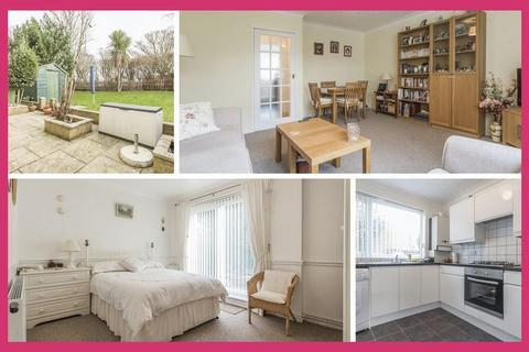 3 bedroom apartment for sale - New Road, Cardiff - REF# 00005983 - View 360 Tour at http://bit.ly/2TFLRrQ