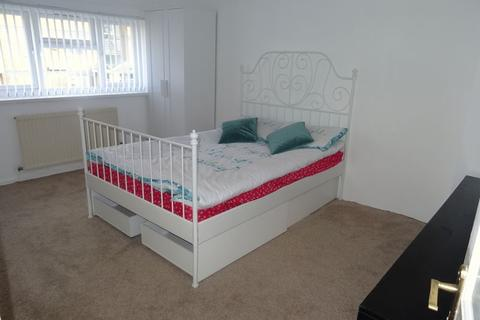 1 bedroom house share to rent - Double Bedroom In Shared House