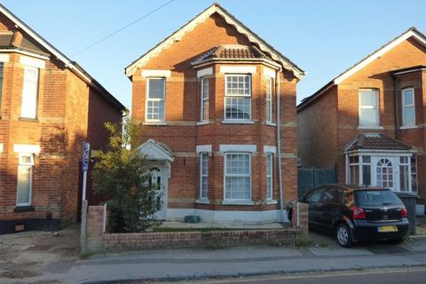 5 Bedroom Detached House To Rent Waterloo Road Bournemouth Winton