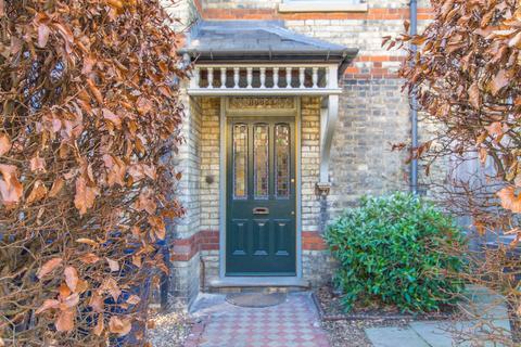 4 bedroom semi-detached house to rent - Willis Road, Cambridge