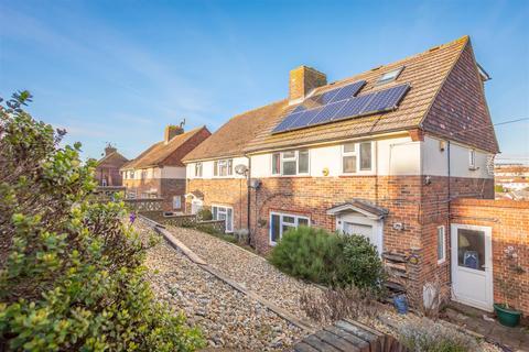 5 bedroom semi-detached house for sale - Denton Drive, Brighton