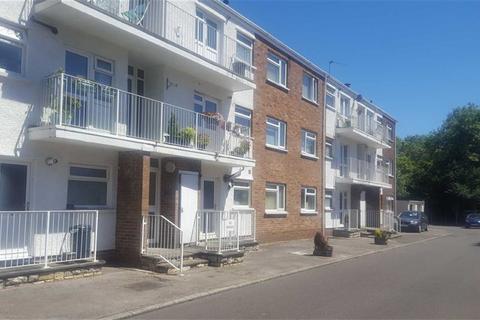2 bedroom flat for sale - Pentwyn Court, Heol Pentwyn, Whitchurch, CARDIFF