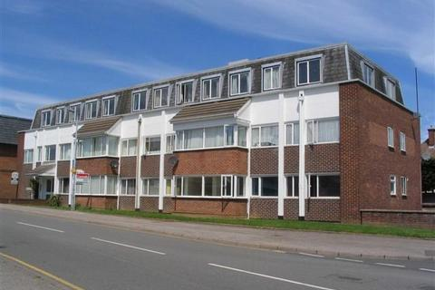 2 bedroom apartment to rent - Kings Road, Flitwick, MK45