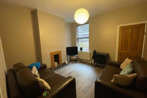 3 bedroom house share to rent - Tiverton Road, Selly Oak, Birmingham, West Midlands, B29