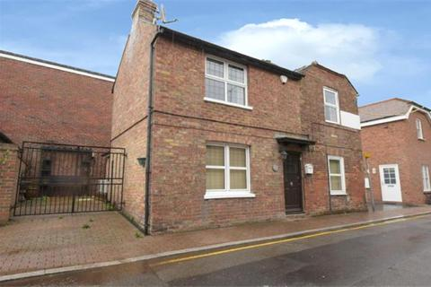 2 bedroom detached house for sale -  New Romney, TN28 8DN