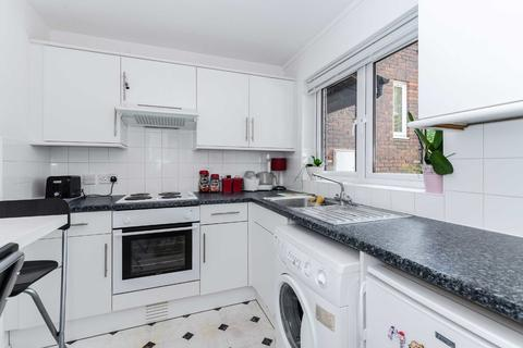1 bedroom apartment for sale - Wilford Close, Northwood
