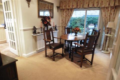 3 bedroom detached bungalow for sale - Vista Road, Wickford, Essex
