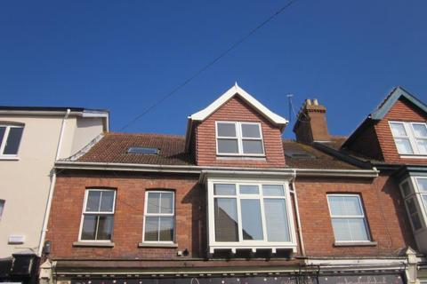2 bedroom flat to rent - Friday Street