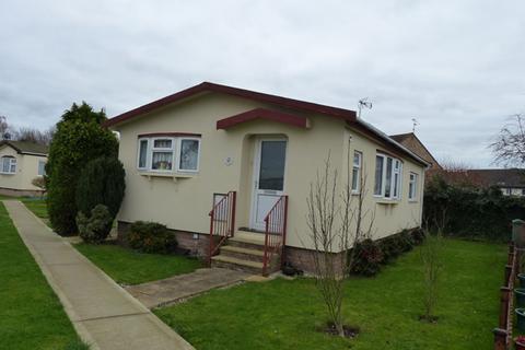 2 bedroom park home for sale - Keys Park, Peterborough PE1