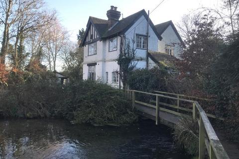 3 bedroom detached house for sale - Weir Lodge, Nargate Street, Littlebourne, Canterbury, Kent