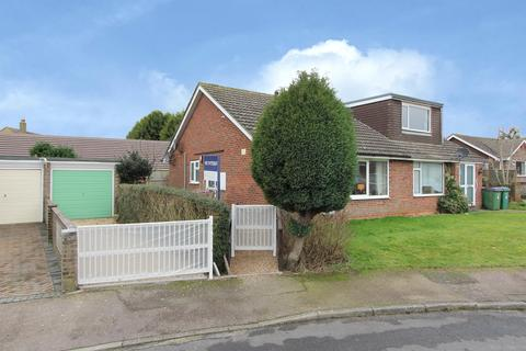 2 bedroom semi-detached bungalow for sale - Fern Close, Hawkinge, Folkestone Kent  CT18 7ED