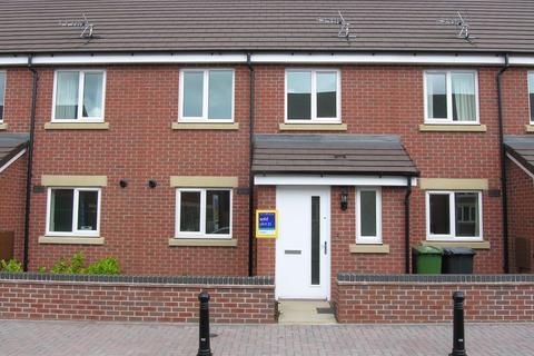 3 bedroom townhouse to rent - Greenock Crescent, Wolverhampton