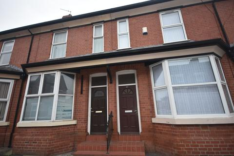 3 bedroom end of terrace house for sale - Hartington Street, Manchester, M14 4RW